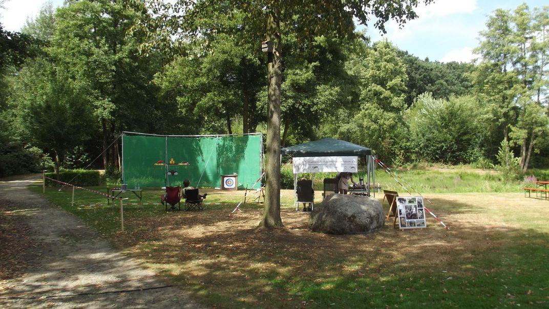 Sommerfest Bakum: Unser Stand ist fertig aufgebaut